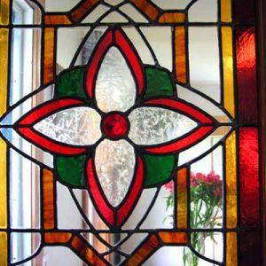 شیشه تیفانی