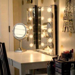 آینه چراغ دار