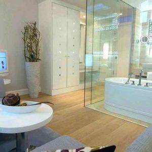 پارتیشن شیشه ای سرویس بهداشتی