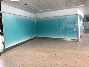شیشه رنگی دیوارپوش