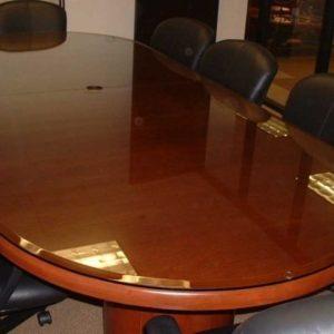 شیشه میز کنفرانس