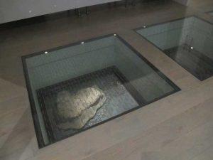 شیشه نشکن کف | کف شیشه ای | کفپوش شیشه ای | شیشه نشکن لمینت | شیشه نشکن خم  | شیشه نشکن رنگی