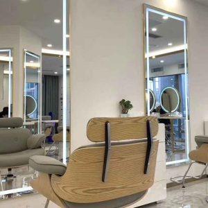 آینه سالن زیبایی