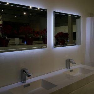 آینه روشویی شیشه ای