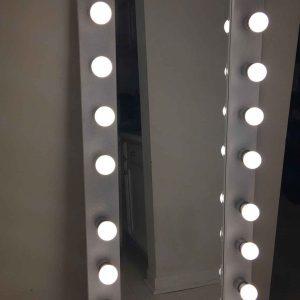 آینه قدی لامپ دار